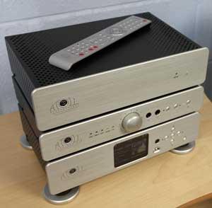 audio d 39 occasion appareils haute fid lit neufs et d 39 occasion amplificateur lecteur cd. Black Bedroom Furniture Sets. Home Design Ideas
